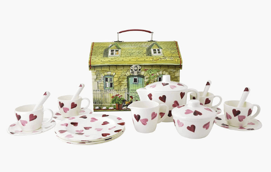 Tunbridge Wells Valentine's Day Gift Guide_Emma Bridgewater Tea Set Hearts