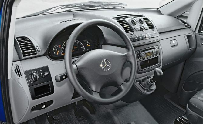 2003-mercedes-benz-vito-interior