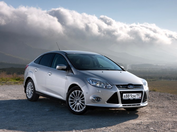 ford_focus_3rd_sedan4d-647