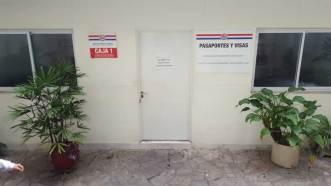 consulate-caja-1