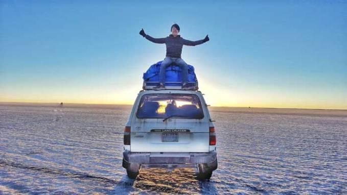 salar-de-uyuni-jeep