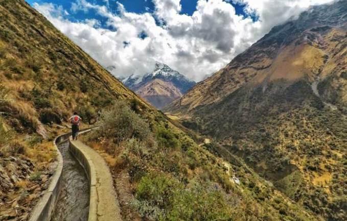 valley-trekking