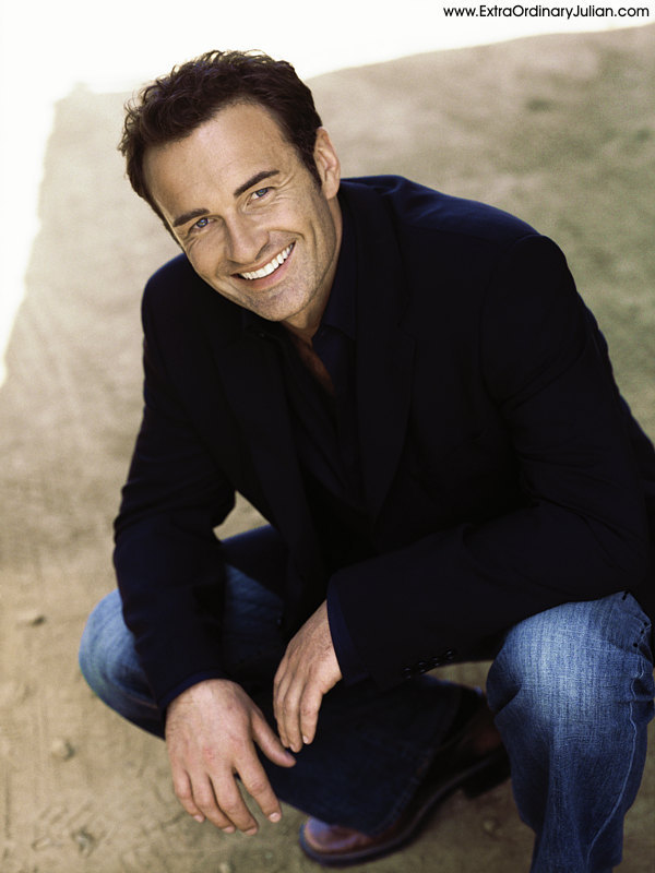 Julian McMahon - Either sexy Christian or devious Cole, Julian nailed both roles. But now I would love to see him in some supernatural stuff again. I heard Vd is casting a harismatic traveler/cult leader. Hello the search is over!