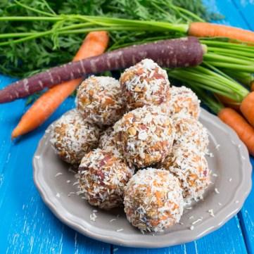 Carrot-No-Bake-Energy-Bites-