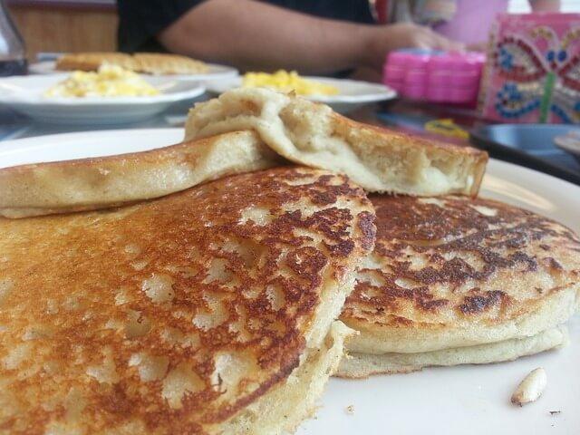 pancakes-174685_640