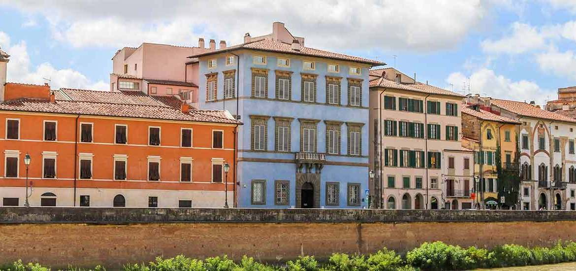 where to stay in pisa italy
