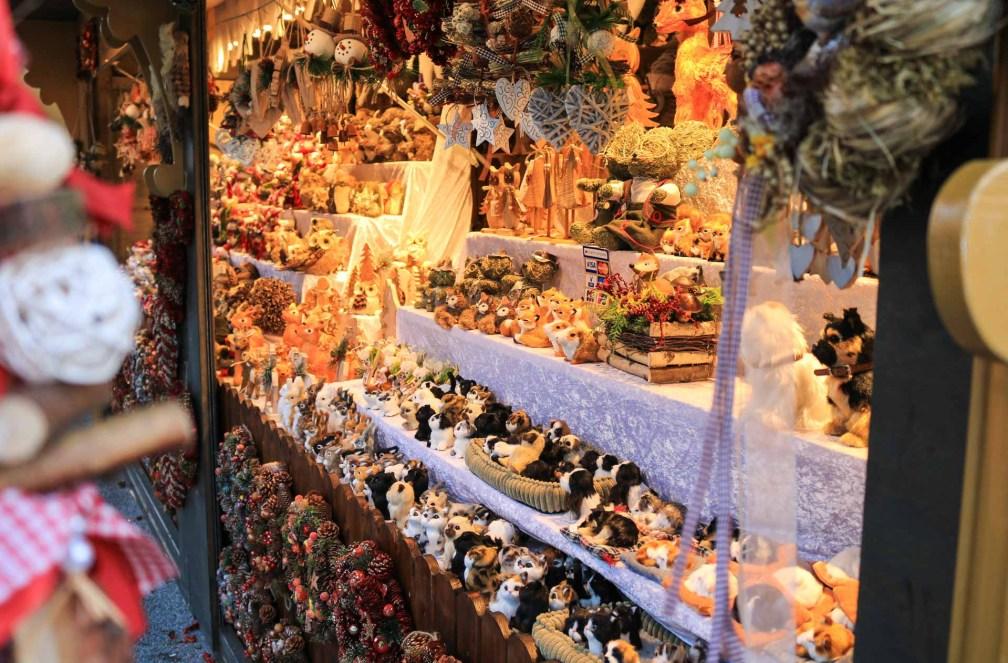 Weihnachtsmarkt Мемориальная церковь кайзера Вильгельма рождественские ярмарки в Берлине Лучшие рождественские ярмарки в Берлине christmas toys animals