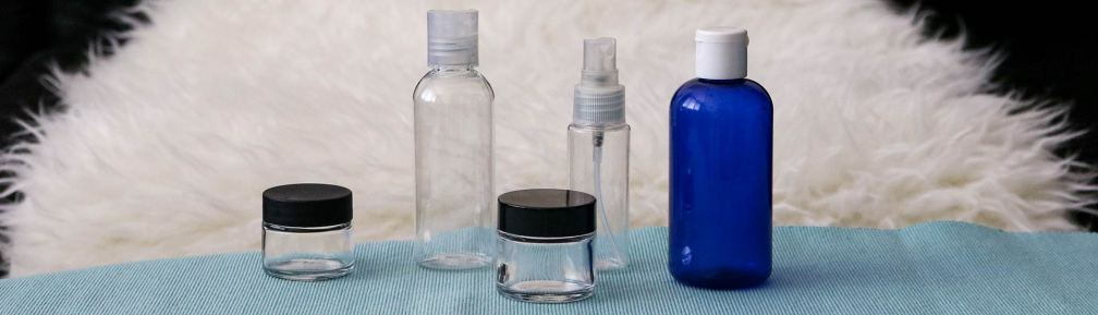 7c92fd26d966 The Best Travel Toiletry Bottles (5 Leak-Proof Travel Containers)