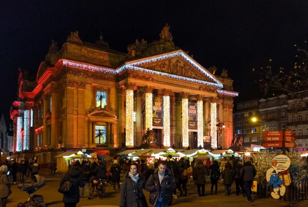 La Bourse de Bruxelles Лучшие брюссельские рождественские ярмарки Лучшие брюссельские рождественские ярмарки (путеводитель по 2019 году) brussels christmas market bourse