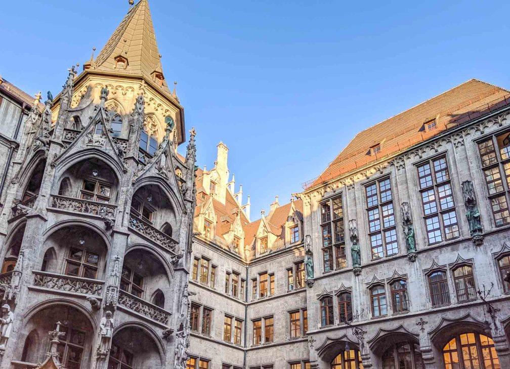 Ратуша Мюнхена Идеальный Мюнхенский маршрут Идеальный Мюнхенский маршрут munich neue rathaus