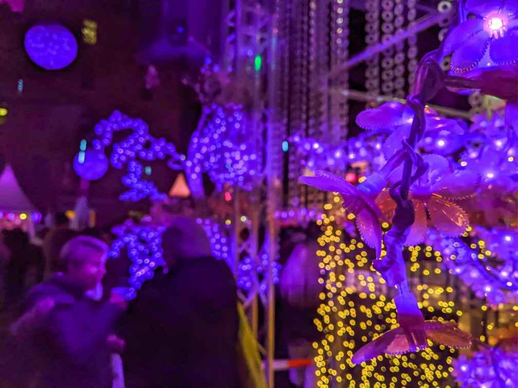 мюнхен на рождество Лучшие рождественские рынки в Мюнхене Лучшие рождественские рынки в Мюнхене (путеводитель по 2020 году) munich pink weihnachtsmarkt