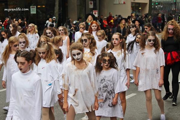 溫哥華旅遊|妖魔鬼怪走上街!老少咸宜的萬聖節遊行