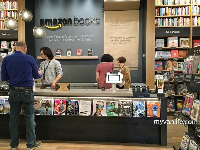西雅圖旅遊 從線上到線下,拜訪亞馬遜第一家實體書店