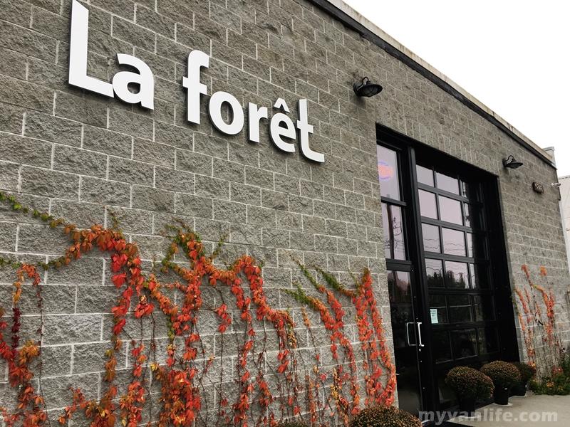 溫哥華美食|森林咖啡館,汽車修理廠的華麗變身