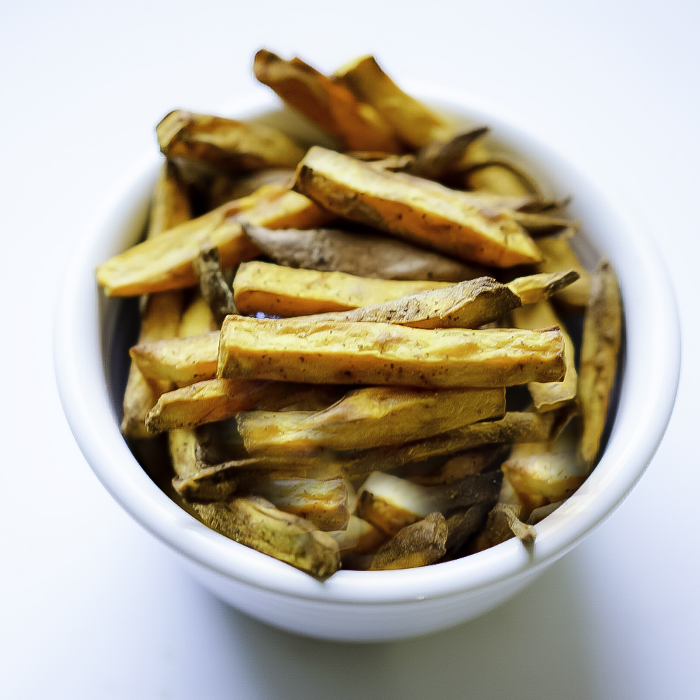 Crispy Air fryer Sweet Potato Fries #myvegetarianfamily
