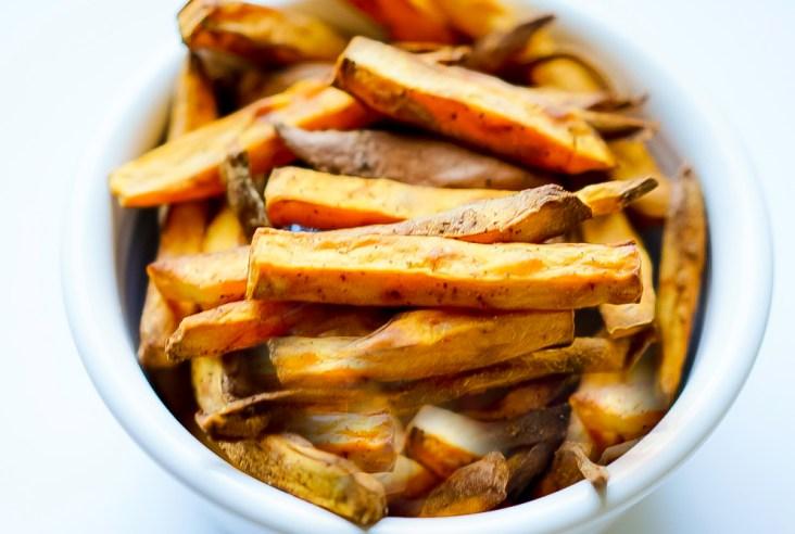 Crispy Air fryer Sweet Potato Fries #myvegetarianfamily