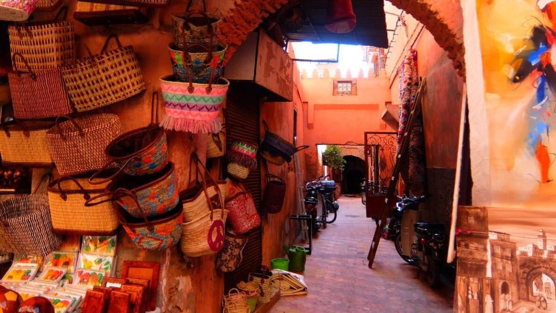 souk shopping tips