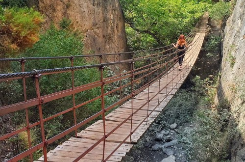 hanging bridges of Los Cahorros title