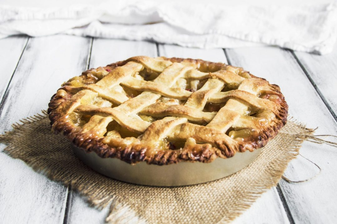Vegan Apple Rhubarb Pie