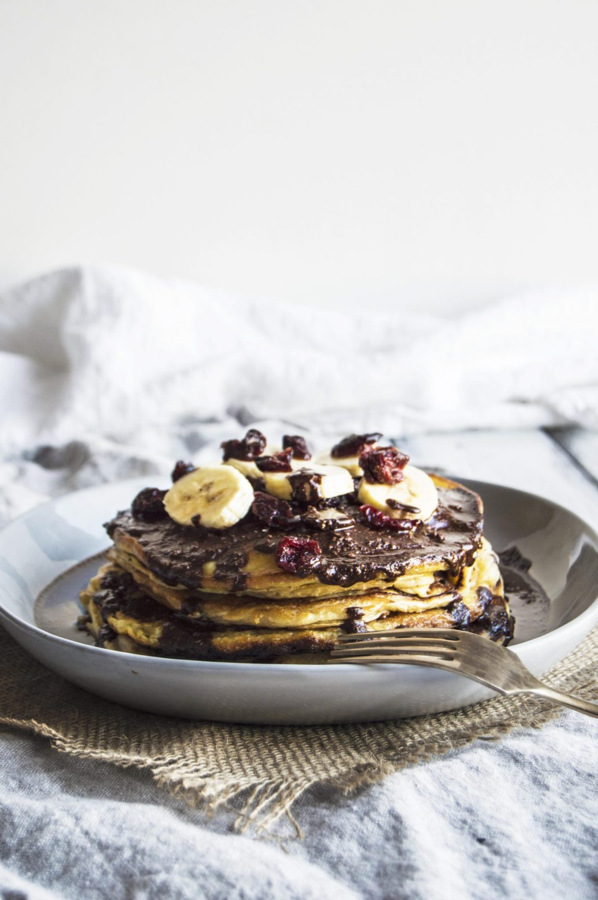 Vegan Banana Pancakes With Chocolate Hazelnut Sauce
