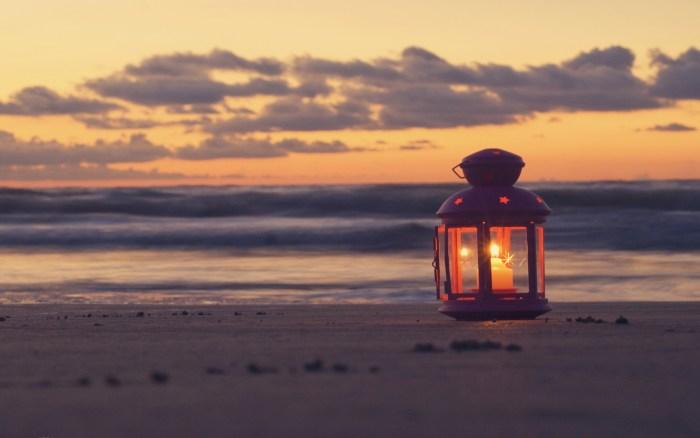 candle-beach