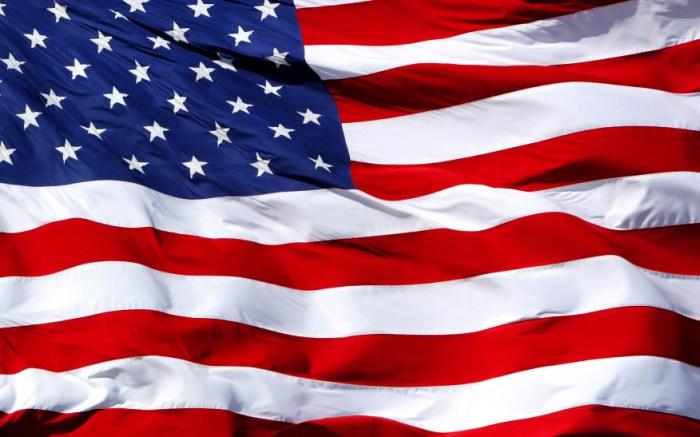 waving-american-flag_280633