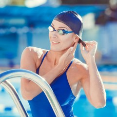 Tips for UK Online Shoppers Looking for Swim Caps and Swim Wear