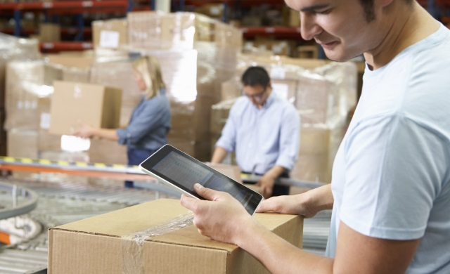 4 Things to Do Before Hiring Logistics and Moving Company