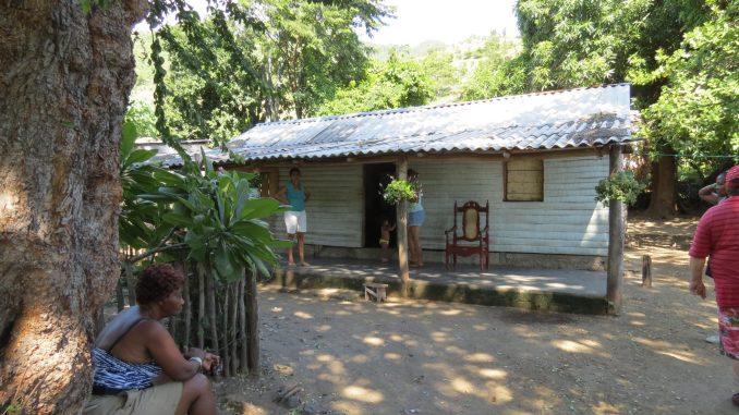 Cuban house near Maria del Portillo