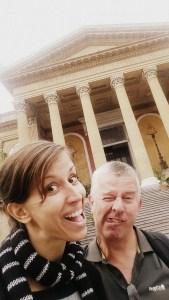 Met mijn vader op Sicilië tijdens een werktrip Italië
