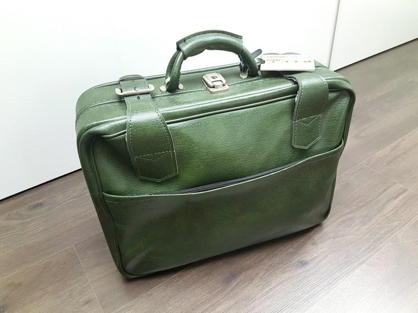 LOVE mijn vintage reiskoffertje