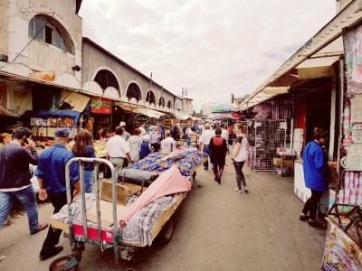 Osh bazaar bishkek Kirgizië