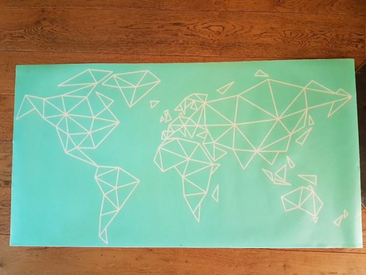 Geometrische wereldkaart sjabloon topmuurstickers.nl