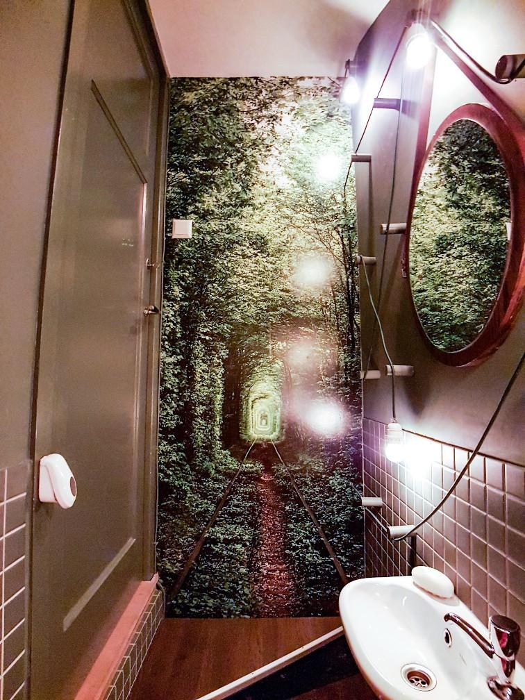 bos wc