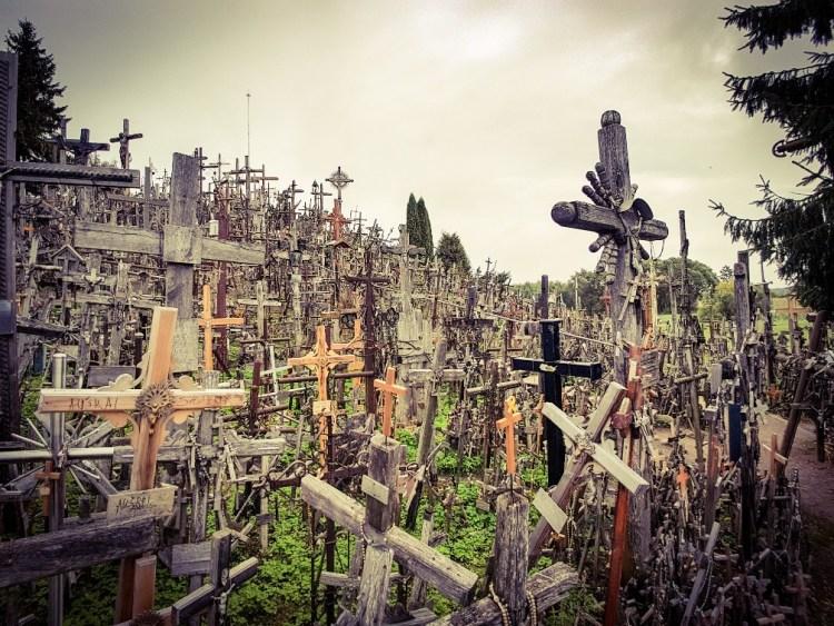 Hill of crosses Siauiliai Litouwen (1)