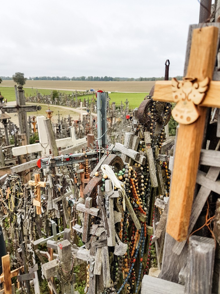 Hill of crosses Siauiliai Litouwen (2)