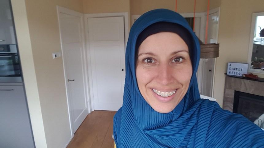 Hoofddoek voor niet-moslima