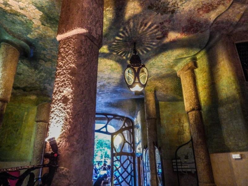 barcelona casa mila la pedrera lobby