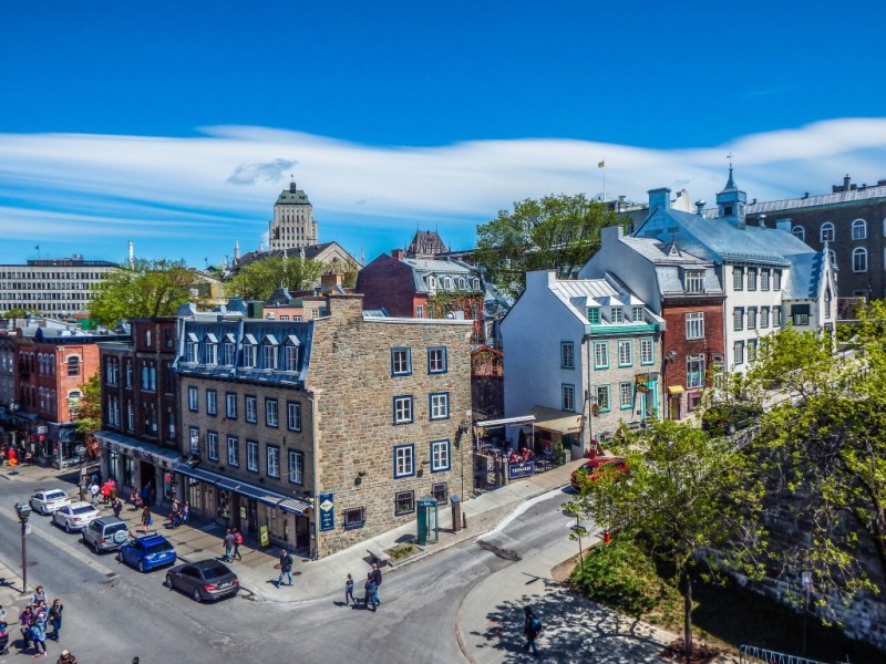 old quebec city buildings