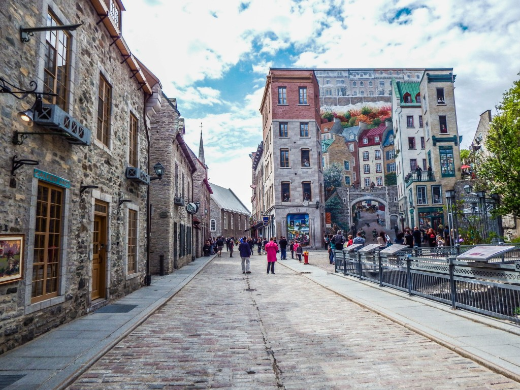 quebec city petit champlain murals