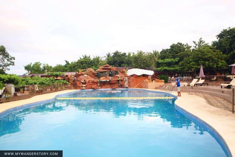 Blue Bless Pool