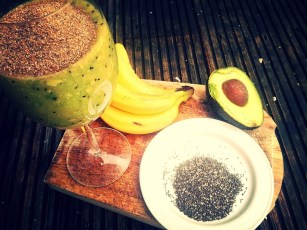 Orange, kiwi, banana, avocado and chia seeds