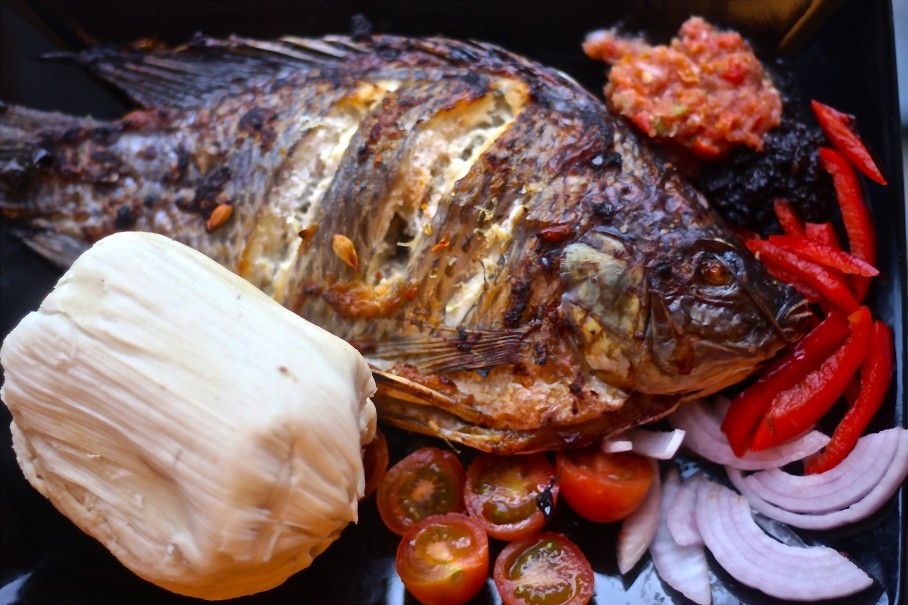 Kenkey with Tilapia