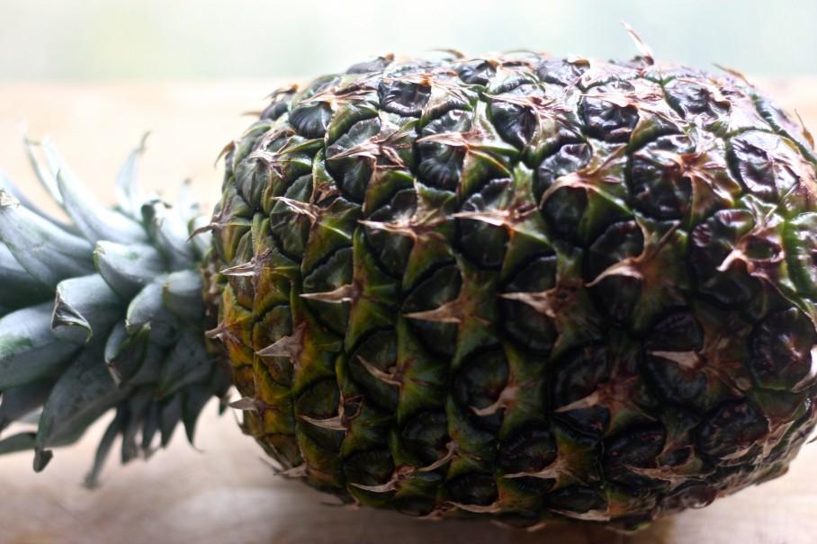 spiced roast pineapple