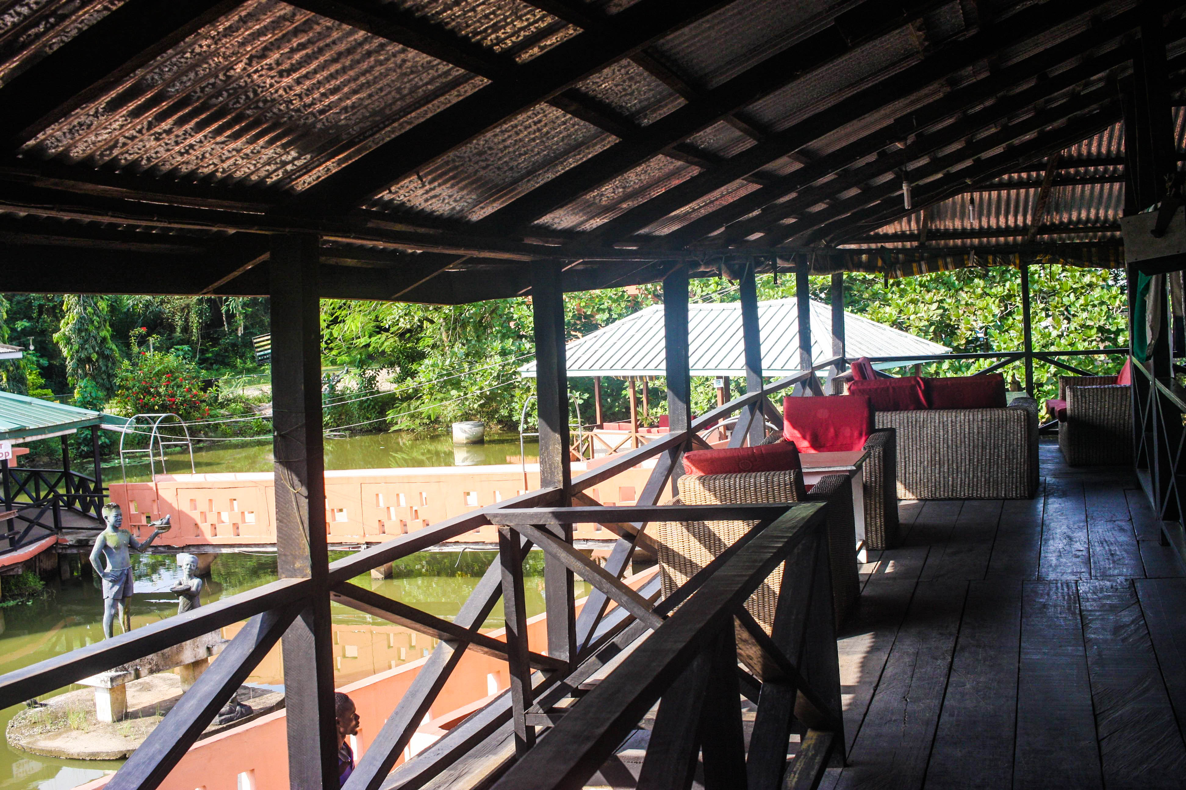Backpacking from Accra to Cape Coast: Breakfast at Hans Cottage