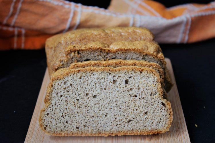 Таханов хляб с малко сусам без млечни продукти