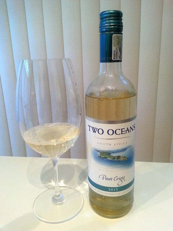 Two Oceans Pinot Grigio 2012