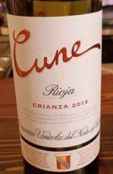 CUNE wine label