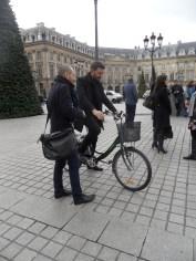 2.Paris Charms & Secrets (15)