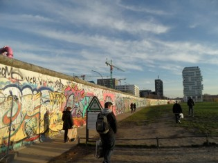 Berliner Mauer - East Side Gallery (122)